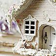 Birdhouse details